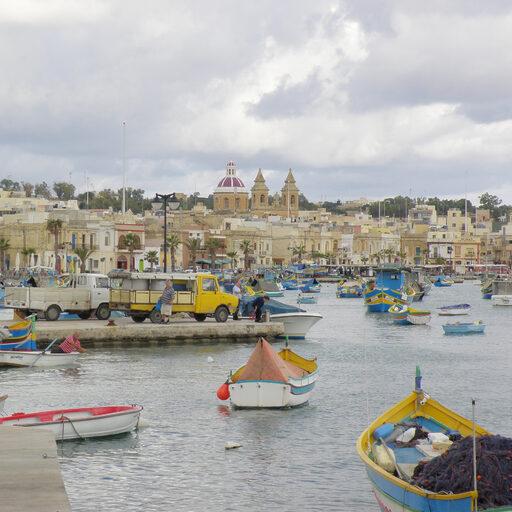 Марсашлок — рыбацкий городок.