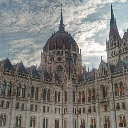 Блудливая Будапештия