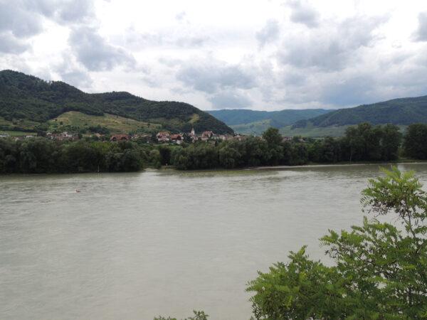 Чехия— памятники UNESCO (+ немного Германии иАвстрии). Часть 6: Австрия (Вена идолина Вахау)