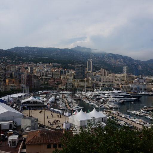 Монако — одно разочарование… Город-страна меня не впечатлил.