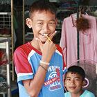 Таиланд влицах. «Надо делать больше добрых дел».