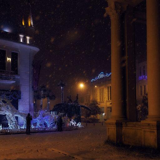 Когда снега были большие … одна ночь в несуществующем заснеженном Сухуме.