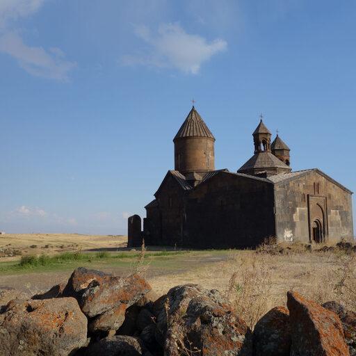 Армения. 1400 км на авто. Часть 3. Монастыри Сагмосаванк и Ованаванк