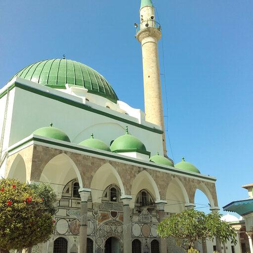 Стены древнего Акко и Аль-Джаззар-паша.