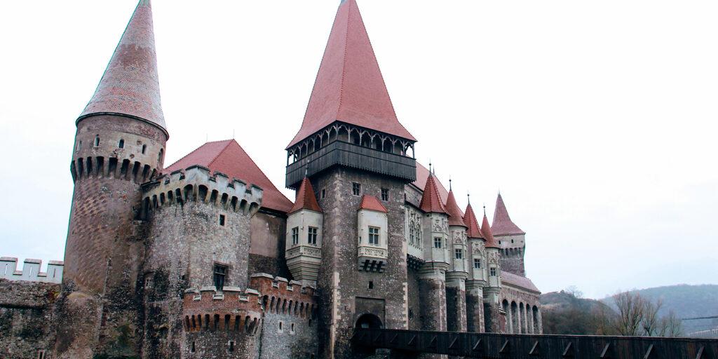 TRANSILVANIA: Сигишоара — Сибиу — Хунедоара — Турда — Бухарест