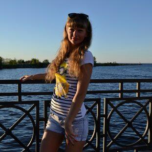Наташа Котова