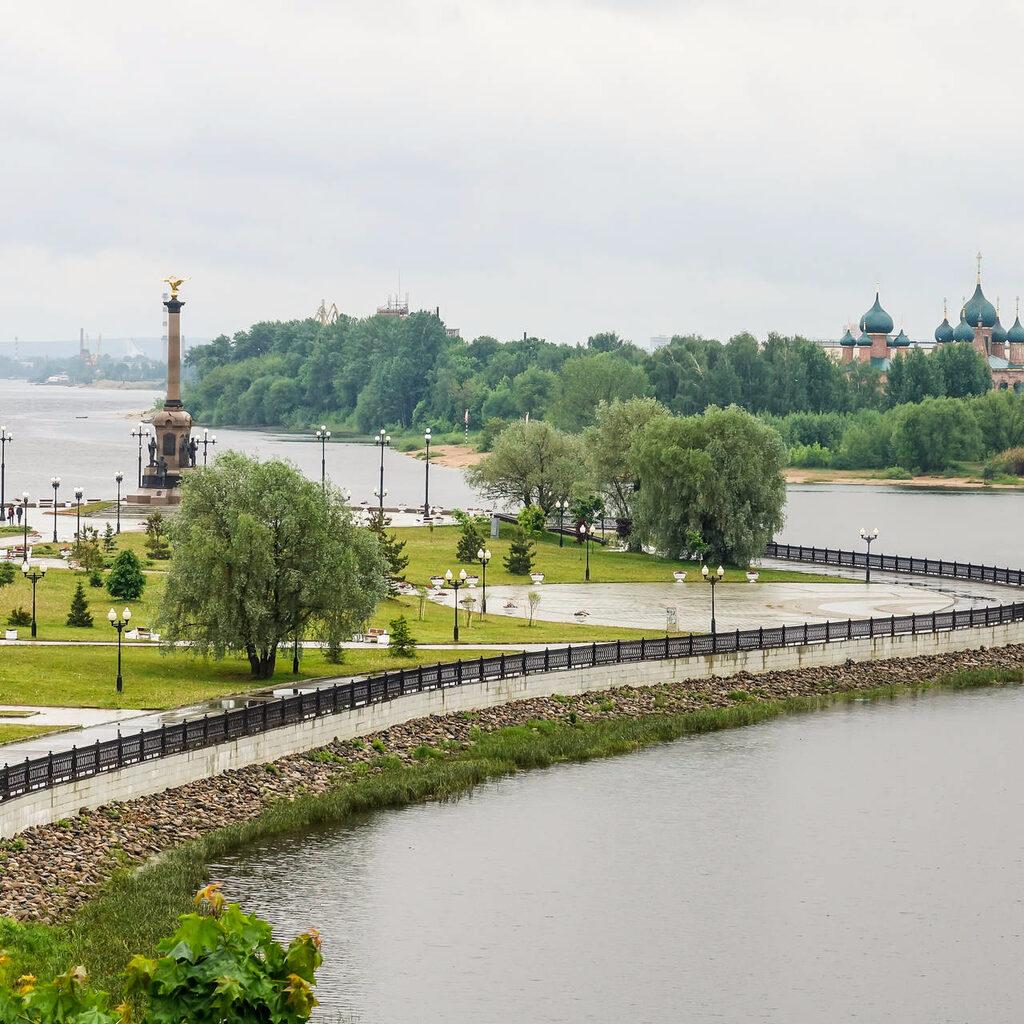 Час в дождливом Ярославле…