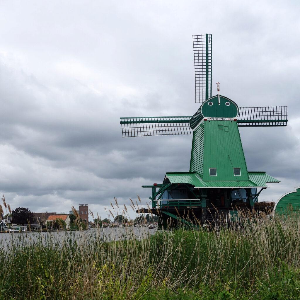 Мельницы в деревне Заансе Сханс, Нидерланды