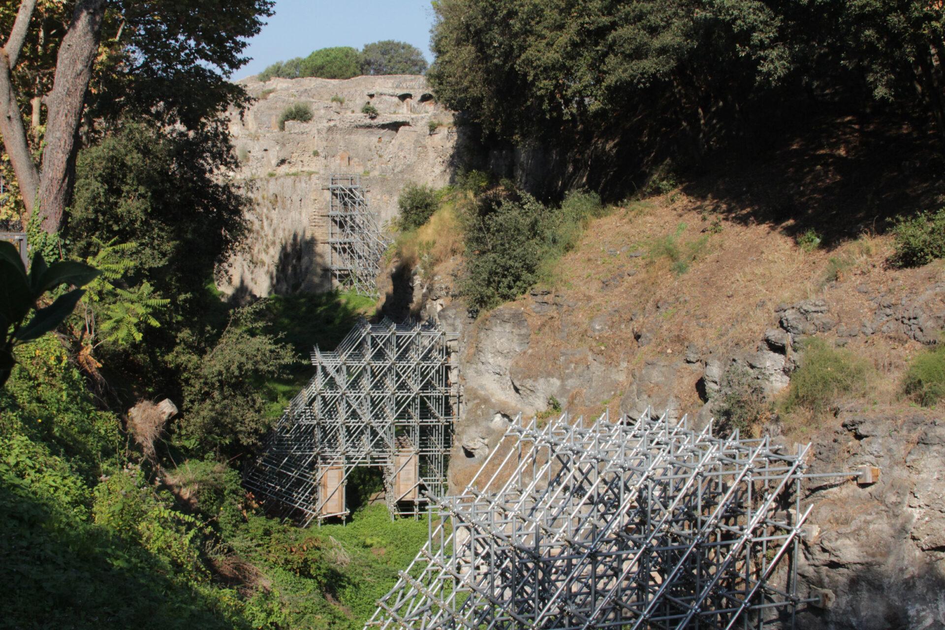 Помпеи— город уподножия Везувия
