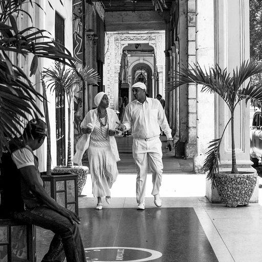 Гавана в черно-белых тонах. Вглядываясь в лица