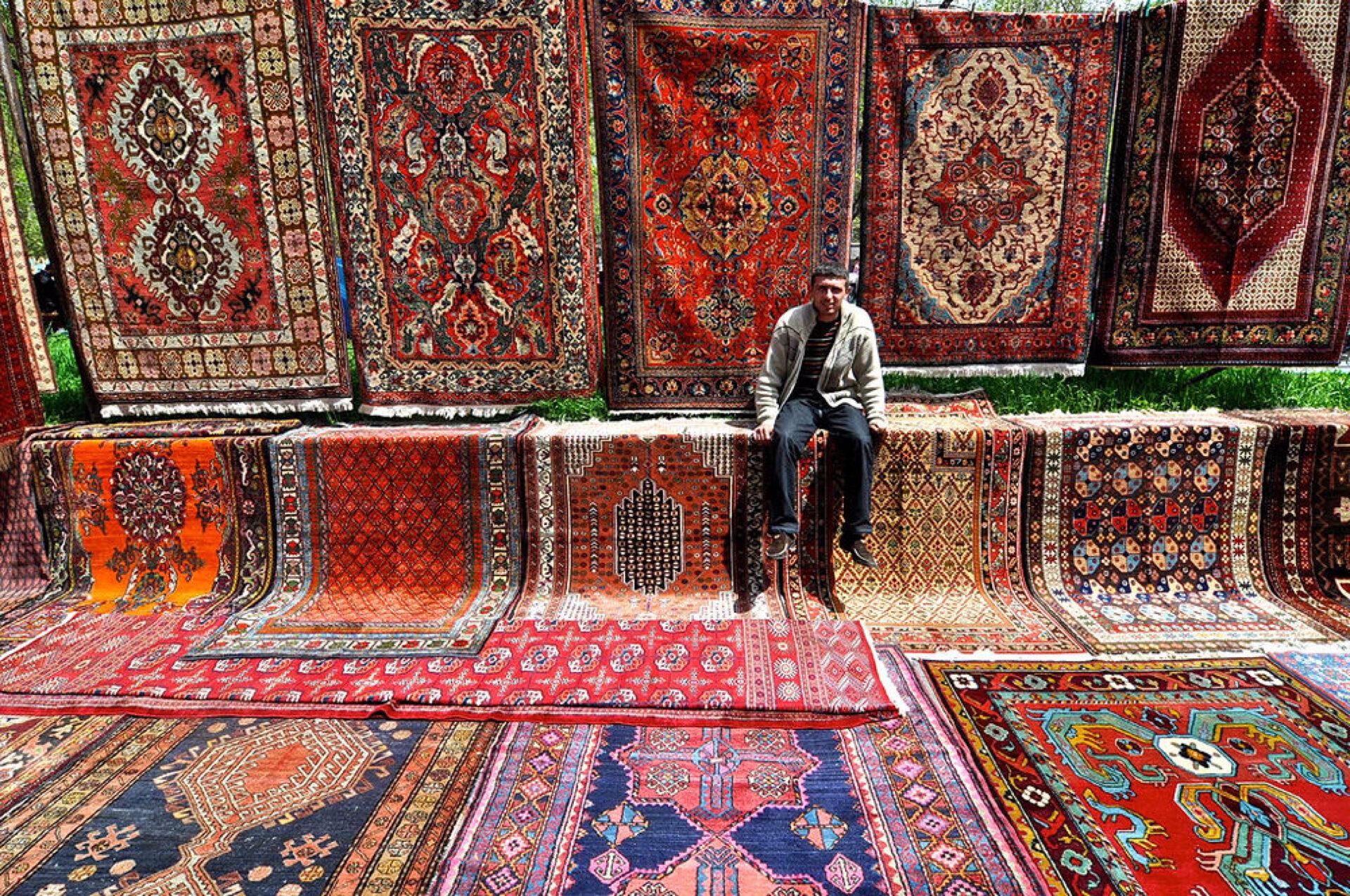 Ереванский вернисаж