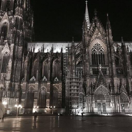 Eau de Cologne — одеколон — Кёльн