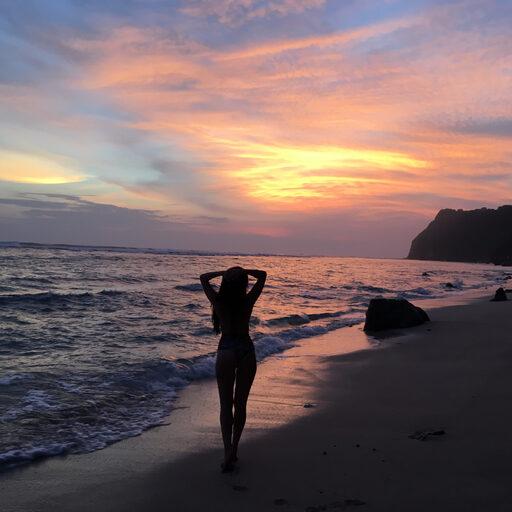 Закаты, сёрфинг и прочие Бали-банальности.