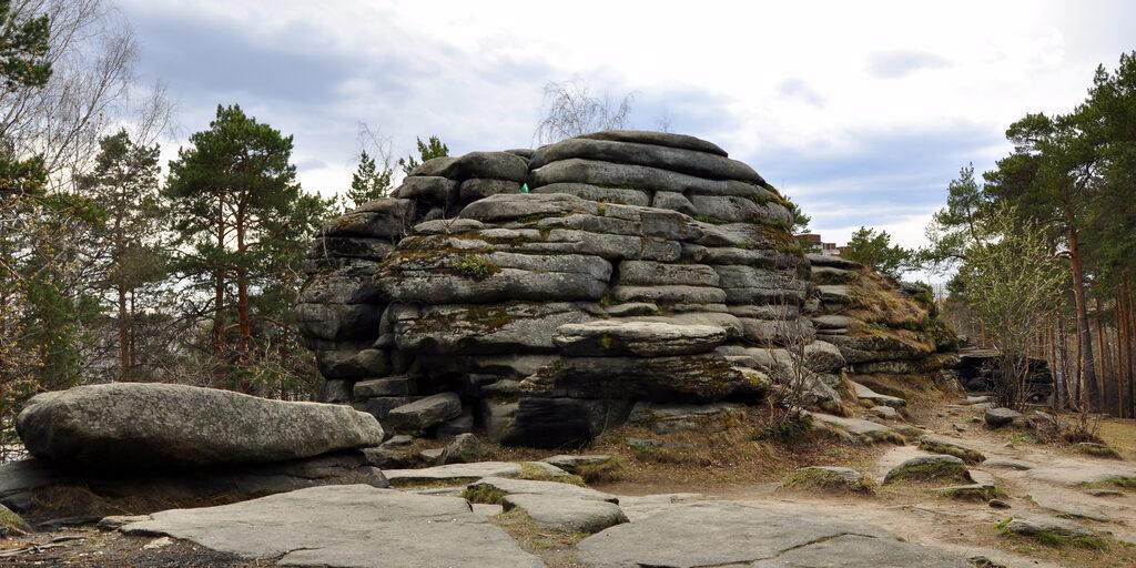 Шарташские каменные палатки — природный парк в городской черте