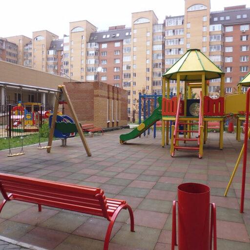 Детские дворовые площадки в Красноярске