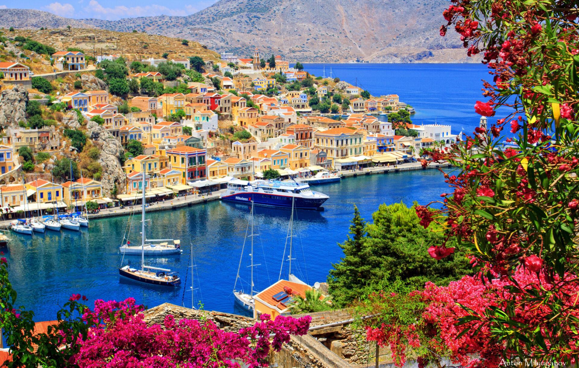 Красочный остров Сими