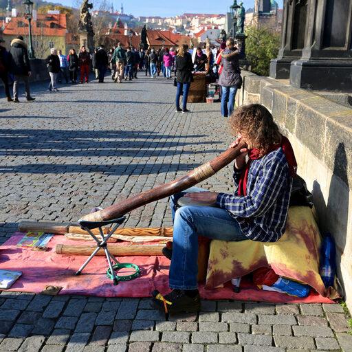 Уличные музыканты…