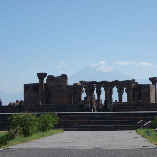 Армения. 1400 км на авто. Часть 4. Вагаршапат и окрестности