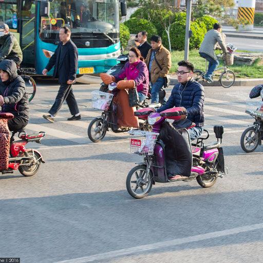 Как китайцы добираются до работы