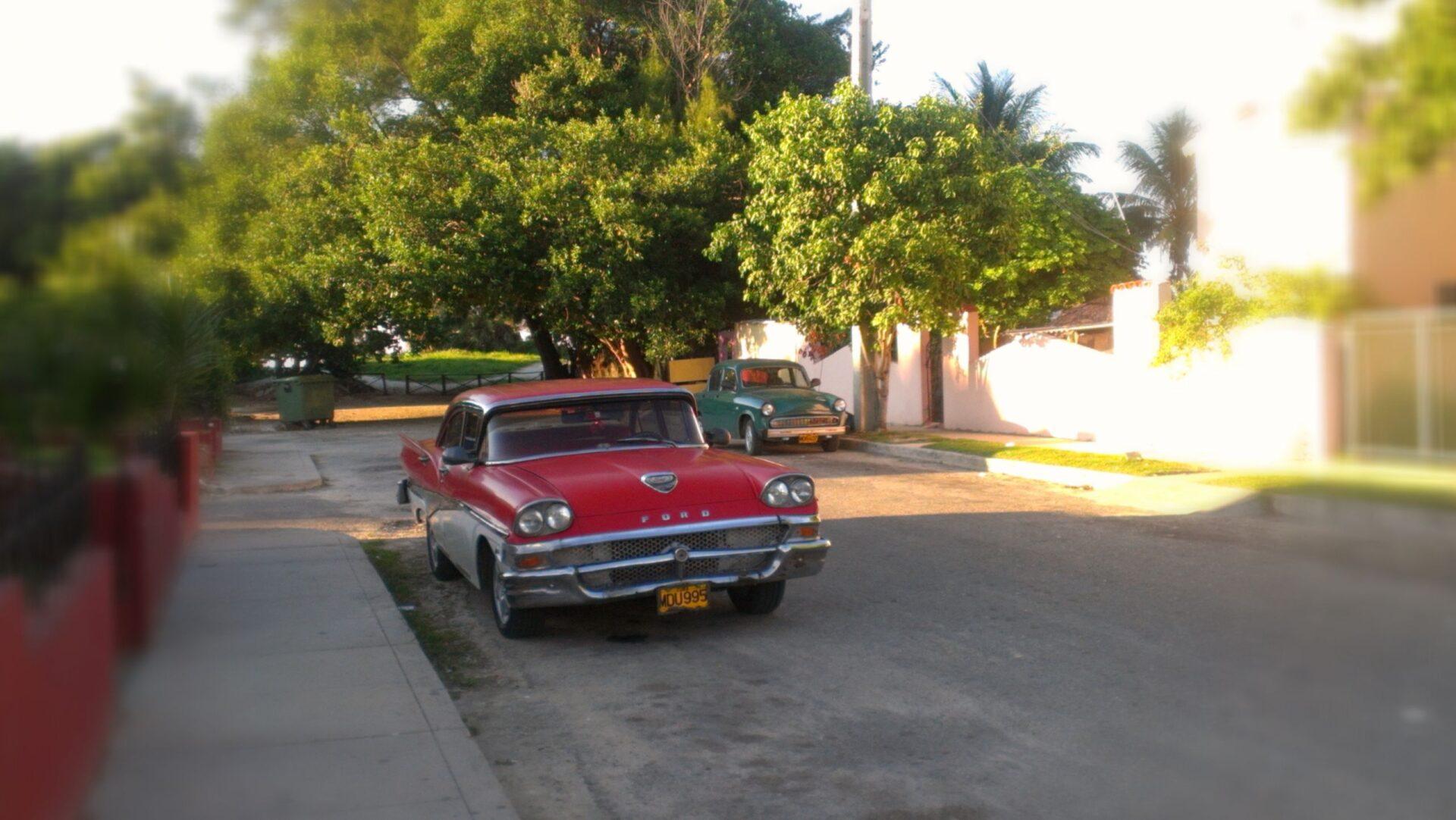 Олдтаймеры наулочках Гаваны