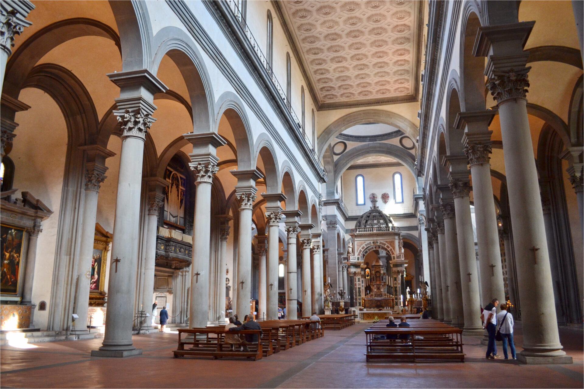 Флоренция. Католическая церковь Санто— Спирито.