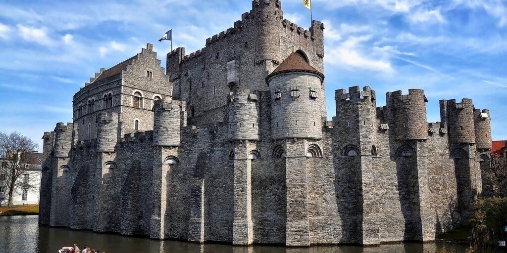 Гравенстен: Замок графов Фландрии