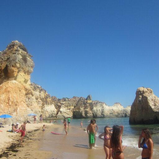 Португалия. Пляжи и ночная жизнь Портимао.