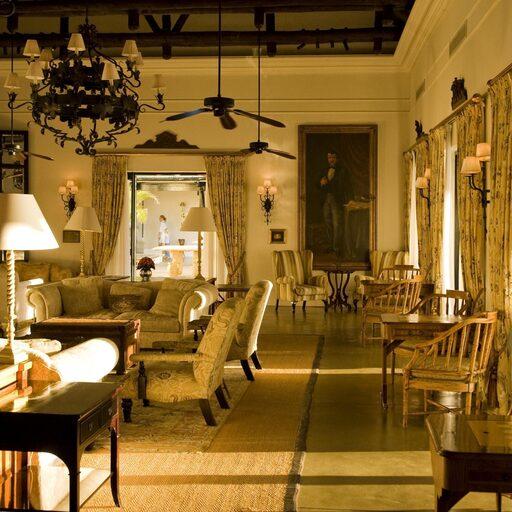The Royal Livingstone Hotel на водопаде Виктория