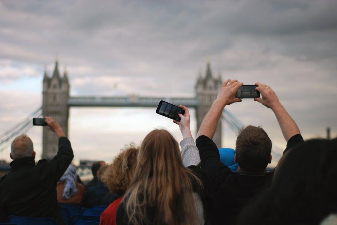 Как туристу защититься отворов впутешествиях