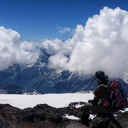 Эльбрус. Скалы Пастухова. Высота 4700.