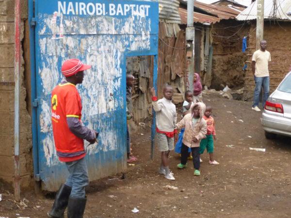 Кенийское солнце. Начало. Кибера. Расскажите этим людям как выплохо живете