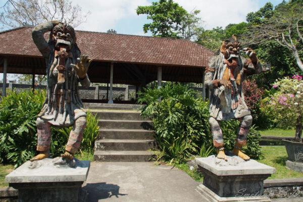 Бали. Дворец Tirta Gangga